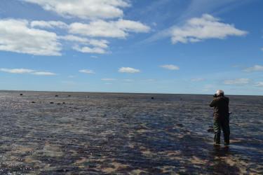 Caminar la playa de Río Grande en bajamar